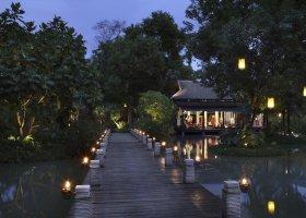thajsko-hotel-anantara-phuket-villas-132.jpg