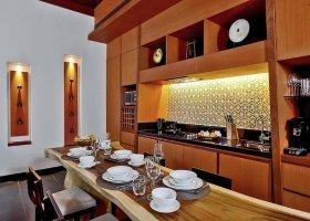 thajsko-hotel-anantara-phuket-villas-159.jpg