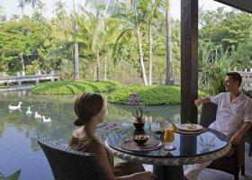 thajsko-hotel-anantara-phuket-villas-167.jpg