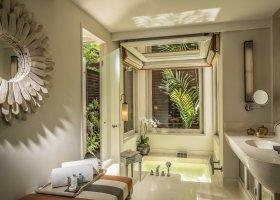 thajsko-hotel-anantara-phuket-villas-219.jpg