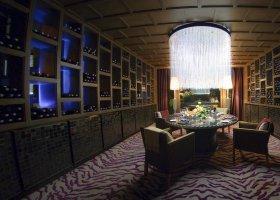 thajsko-hotel-anantara-phuket-villas-229.jpg