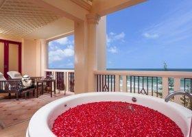 thajsko-hotel-centara-grand-beach-phuket-018.jpg