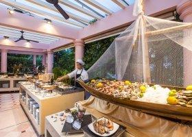 thajsko-hotel-centara-grand-beach-phuket-050.jpg