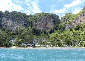 thajsko-hotel-centara-grand-beach-resort-villas-krabi-038.jpg