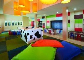 thajsko-hotel-outrigger-laguna-phuket-040.jpg