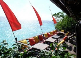 thajsko-hotel-serendipity-beach-resort-koh-lipe-002.jpg