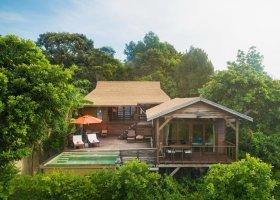 thajsko-hotel-serendipity-beach-resort-koh-lipe-024.jpg