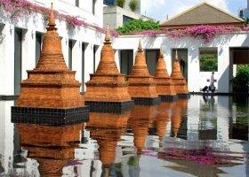 thajsko-hotel-sukhothai-048.jpg