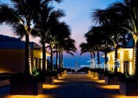 thajsko-hotel-the-racha-043.jpg