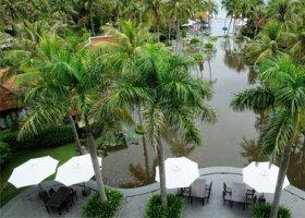 vietnam-hotel-anantara-mui-ne-resort-spa-005.jpg