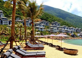 vietnam-hotel-intercontinental-danang-sun-peninsula-007.jpg