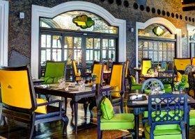 vietnam-hotel-intercontinental-danang-sun-peninsula-011.jpg