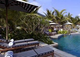 vietnam-hotel-intercontinental-danang-sun-peninsula-015.jpg