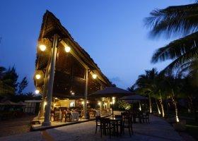 vietnam-hotel-palm-garden-resort-022.jpg