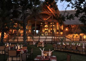 zambie-hotel-david-livingstone-safari-lodge-006.jpg