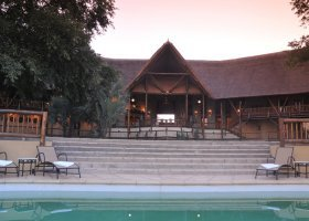 zambie-hotel-david-livingstone-safari-lodge-012.jpg