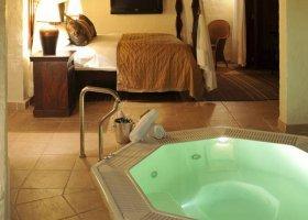 zambie-hotel-david-livingstone-safari-lodge-022.jpg
