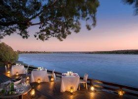 zambie-hotel-royal-chundu-zambezi-016.jpg