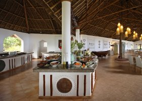 zanzibar-hotel-bluebay-beach-resort-spa-033.jpg