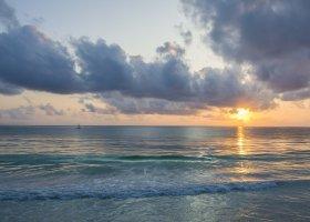 zanzibar-hotel-bluebay-beach-resort-spa-043.jpg