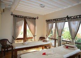 zanzibar-hotel-bluebay-beach-resort-spa-050.jpg