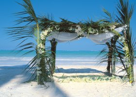 zanzibar-hotel-breezes-beach-club-spa-123.jpg