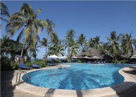 zanzibar-hotel-breezes-beach-club-spa-135.jpg