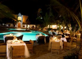 zanzibar-hotel-sultan-sands-island-resort-003.jpg