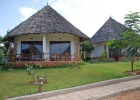 zanzibar-hotel-sultan-sands-island-resort-017.jpg
