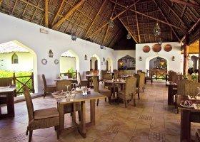 zanzibar-hotel-sultan-sands-island-resort-059.jpg