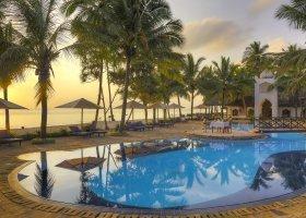 zanzibar-hotel-sultan-sands-island-resort-060.jpg