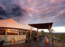 zimbabwe-hotel-elephant-camp-001.jpg