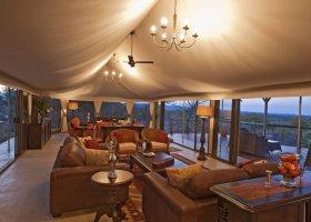 zimbabwe-hotel-elephant-camp-003.jpg