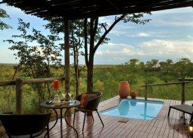 zimbabwe-hotel-elephant-camp-008.jpg