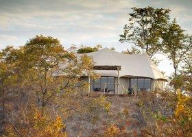 zimbabwe-hotel-elephant-camp-013.jpg
