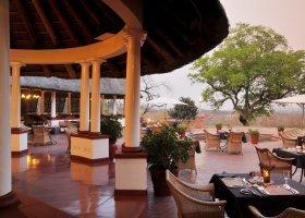 zimbabwe-hotel-victoria-falls-005.jpg