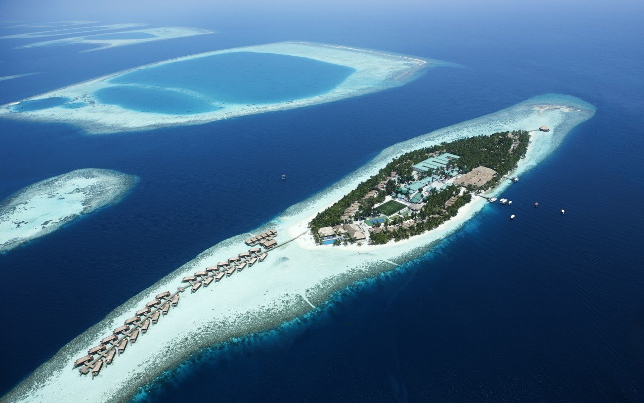 Vilamendhoo Island Resort & Spa ****