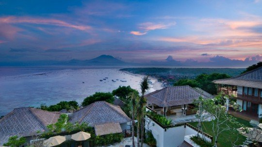 Batu Karang Lembongan Resort & Day Spa *****