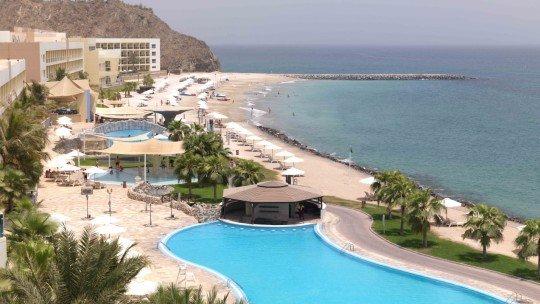 Fujairah Radisson Blu Resort *****