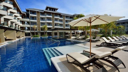 Henann Resort Alona Beach *****