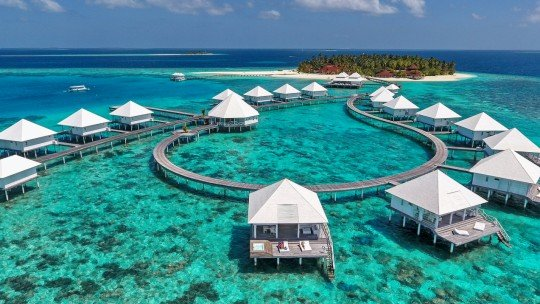 Diamonds Thudufushi Maldives *****