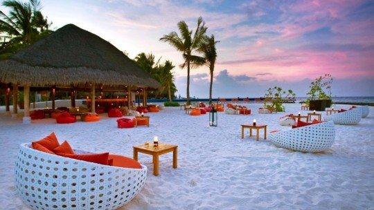 Kuramathi Island Resort ****