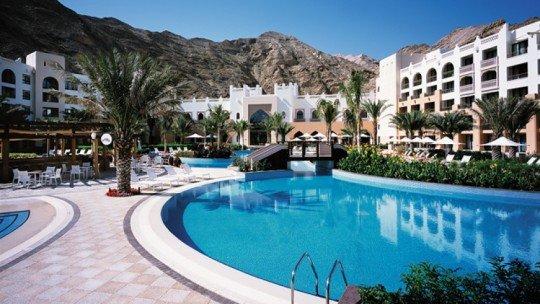 Shangri-La's Barr Al Jissah Resort & Spa Al Waha *****
