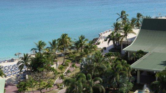 Sonesta Maho Beach Resort and Casino ****