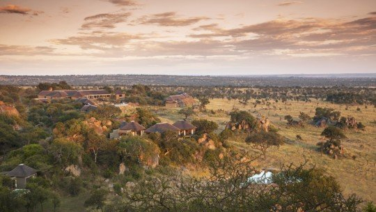 Four Seasons Safari Lodge Serengeti *****