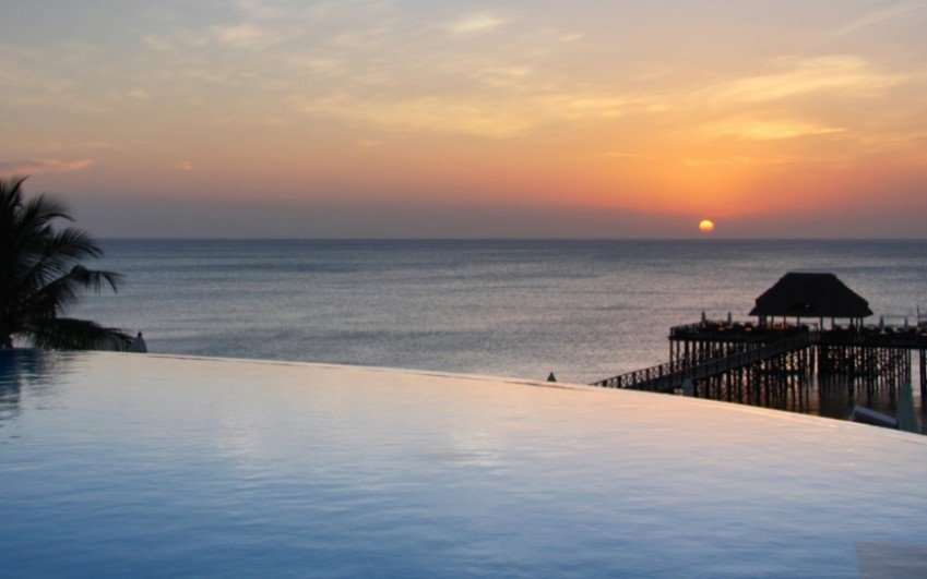 Sea Cliff Resort & Spa Zanzibar