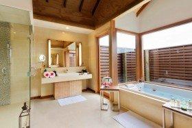 Ocean Villa with Pool (290 m², 5 vil)