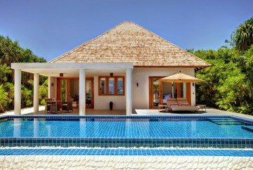 Deluxe Beach Residence With Pool (315m2)