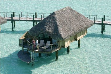 Overwater Bungalows (61 m²)
