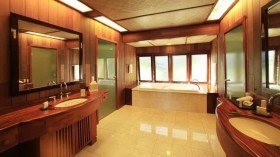 King Lagoon View Suite